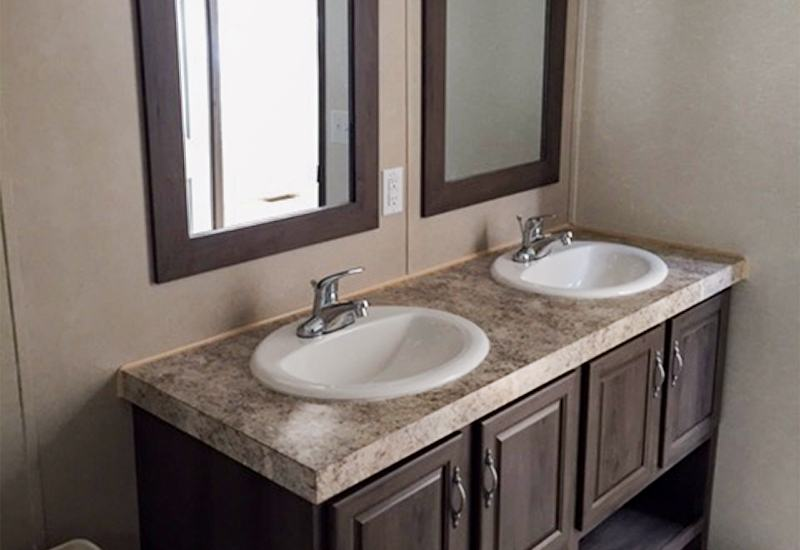 Fleetwood Weston 28523W Mobile Home Master Bathroom