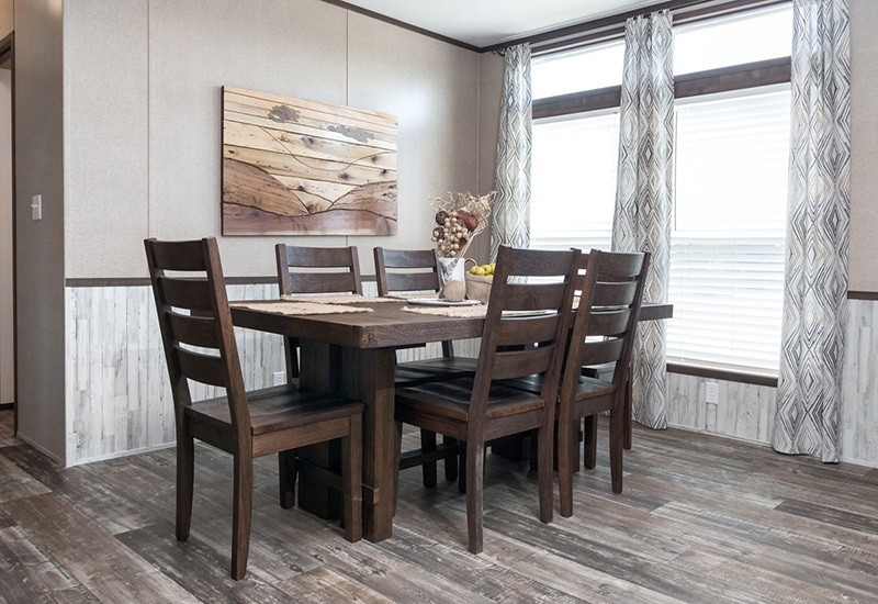 Power House Mobile Home Dining Area